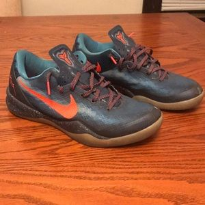 Nike Mens Size:9.5 Kobe 8's Blue Snakeskins